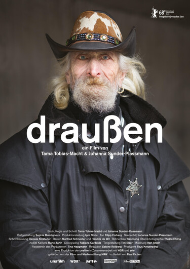 draußen, Plakat, copyright realfiction