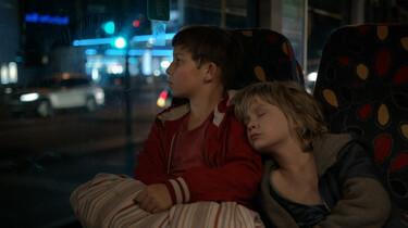 Szenenbild: Die beiden Brüder Jack und Manuel