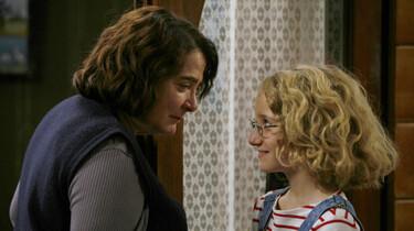 Szenenbild: Die elfjährige Paloma und  Madame Michel