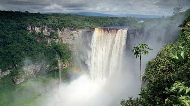 Szenenbild: Wasserfall