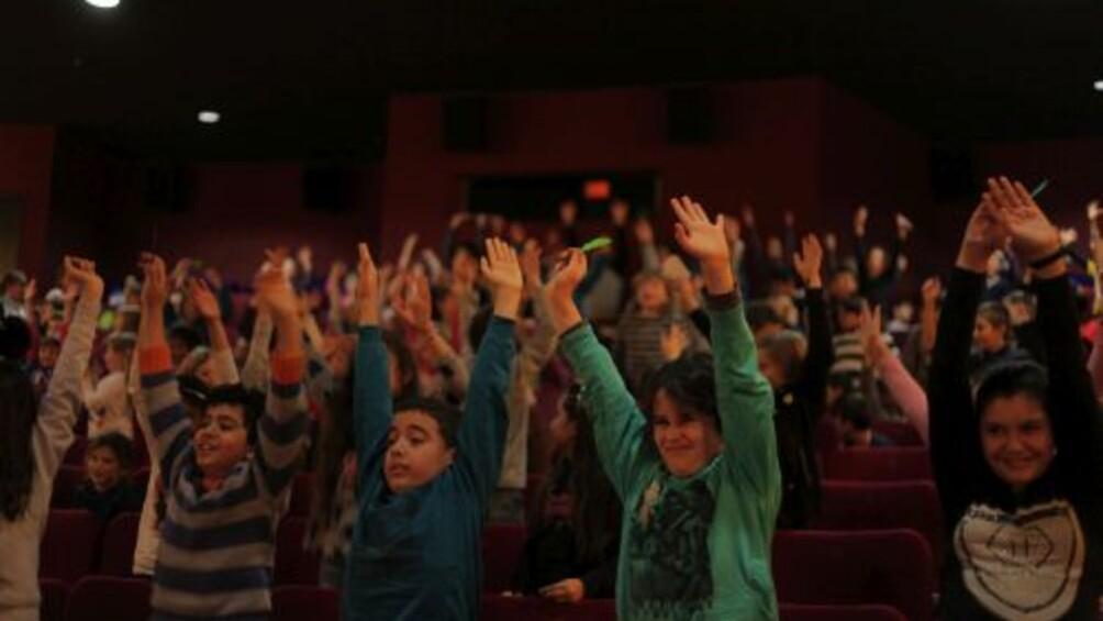 Foto von Kindern im Kino