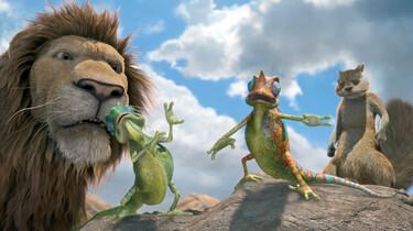 Szenenbild mit Löwe, Echsen und einer Art Eichhörnchen