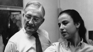 Szenenbild: Eva Hesse mit Herrn Albers